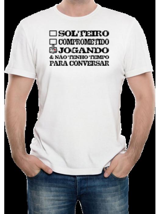 """Camiseta  """"Estado Civil: Jogando"""""""